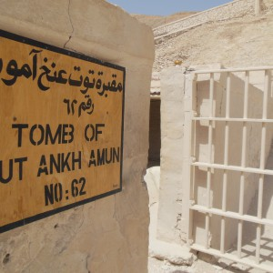 King tut ankh Amon tomb -in-luxor-Egypt2